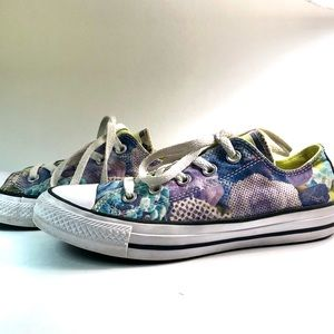 Chuck Taylor All Star Ox Floral Low Top Sneakers